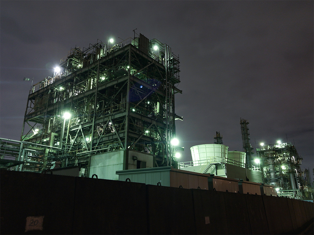 Factory by night - Landscape